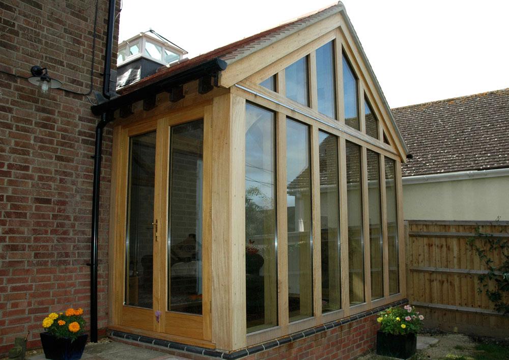 Garden rooms english oak frames for Oak garden rooms